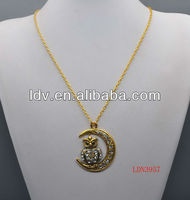 Chain alloy retro owl necklace with moon
