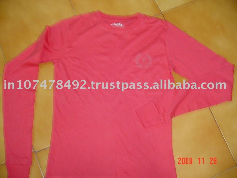 V'Neck t.shirts with long sleeve chest logo printed