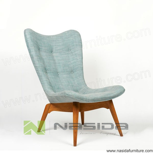 CH121 Grant Featherston Contour Chair R152 Lounge Chair in livingroom