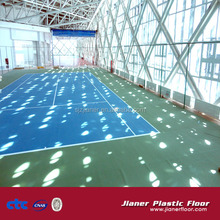 Portable tennis court sports flooring for roll