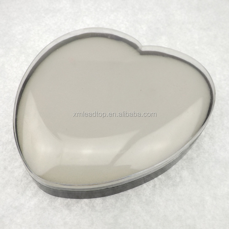 Heart-shaped transparent plastic choclate box