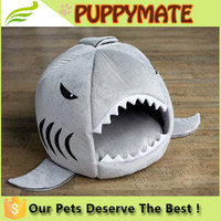 High quality shark shaped plush indoor cat houses soft indoor cat shark bed