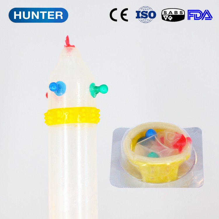Top quality sex toy spike condom for man
