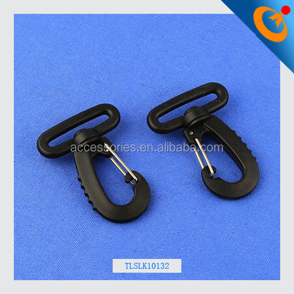 The latest strong 32mm plastic swivel snap hook for bag plastic lobster claw metal spring snap hook bag accessories