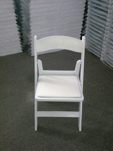 Americana garden plastic folding chair