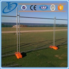 Galvanized security barriers , temporary dog fence