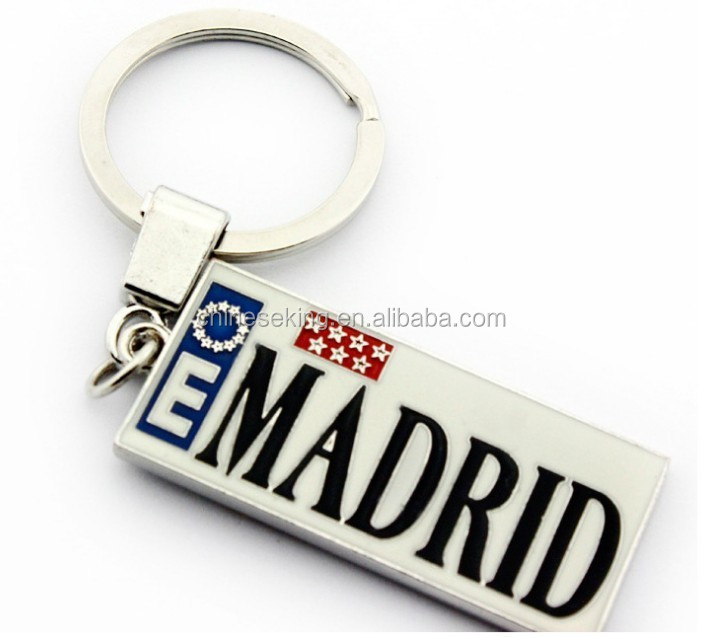 Spanish Madrid tourist keychains alloy letter engraved promotion key chain for visitors
