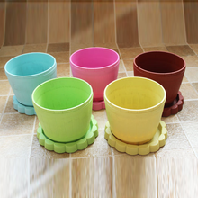 Hot Sale Cheap Colorful Exquisite Plastic Flower Pot with Pallet Tray Saucer