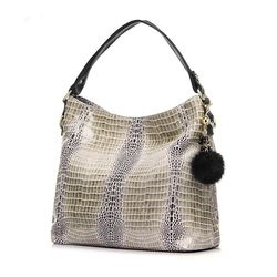 2016 Women Genuine Leather Crocodile Bags Shoulder Bag With Fur Ball Embassed Handbag Messenger Bags For Ladies