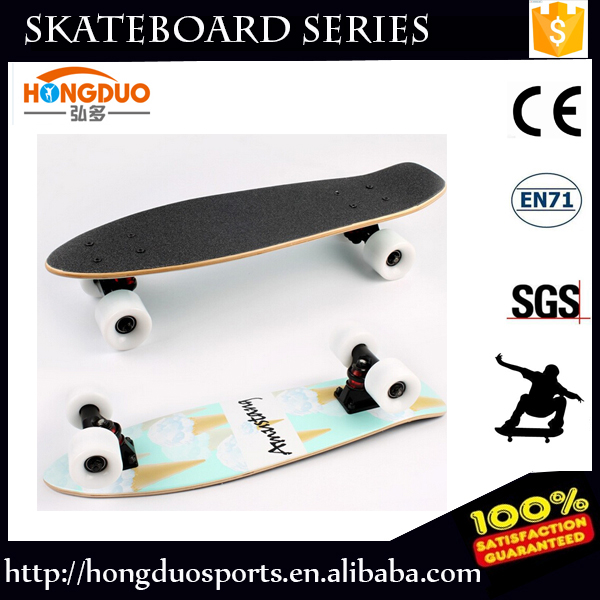 High quality Cool Skate Sports Wood Skateboard With 4 PU Wheels For Entertainment