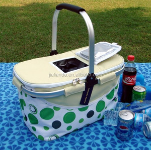 The Pop top in the lid for easy access of Picnic Cooler Basket Bags JLD-09023