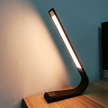 2017 hot sale simple design table lamp office desk lamp
