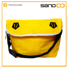 2016 Stylish bright yellow college sling bag
