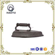 Rusty metal handicraft for home decoration