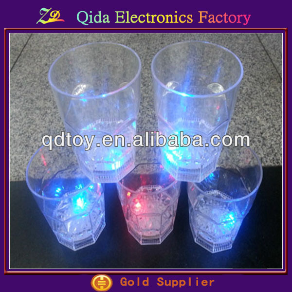 glow pattern water liquid activated led flash glass cup