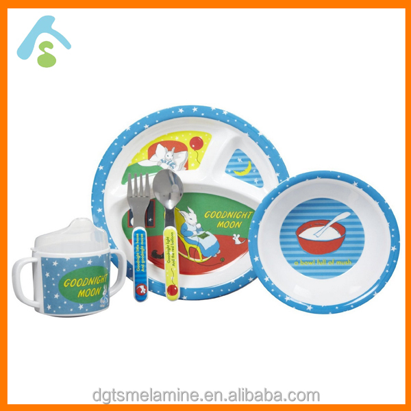 2017 Popular in Europe melamine plastic dinnerware set