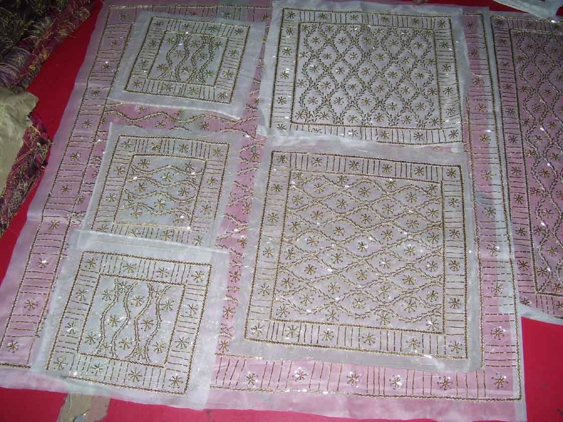 embroidery pattern table cloth/table cover