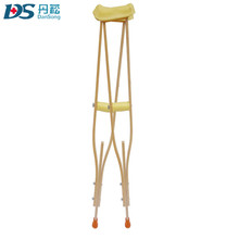 Medical Equipment Wooden Crutches with Rubber Pads
