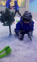 Model ES Portable Snow Maker Machine, Indoor Snow Machine, for Kids to Play with Snow