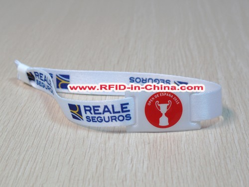 Low Price RFID disposable wristbands high quality hf tags