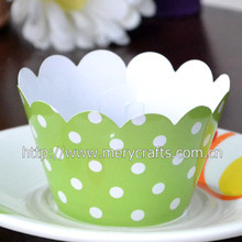 Good choice for green paper cupcake liner for wedding cake decorations from China