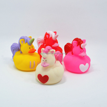 Promotional Custom Floating PVC Plastic Mini Unicorn Rubber Bath Duck Squirt Bath Toy