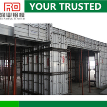 One-time pouring construction aluminum concrete formwork