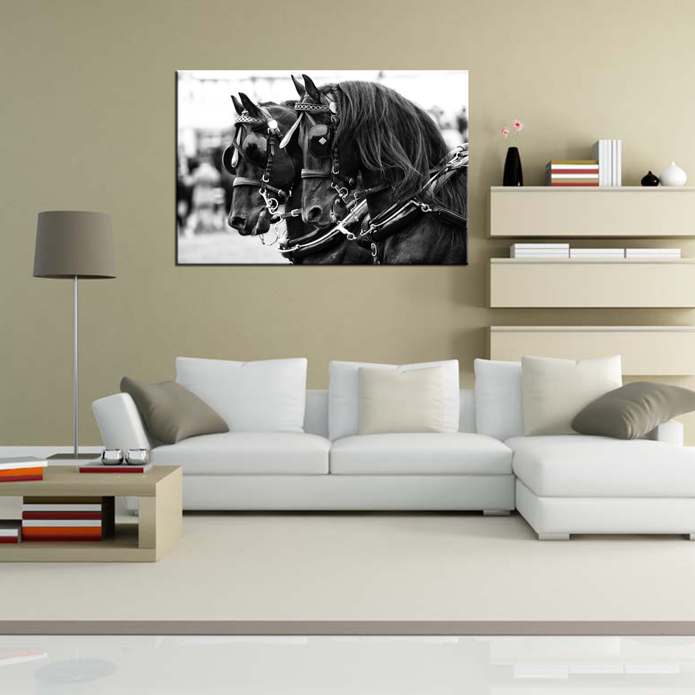 Harness Horse Canvas Painting Black Horse Giclee Print Animal Picture on Canvas Artwork for Study Room Bedroom Office Decoration