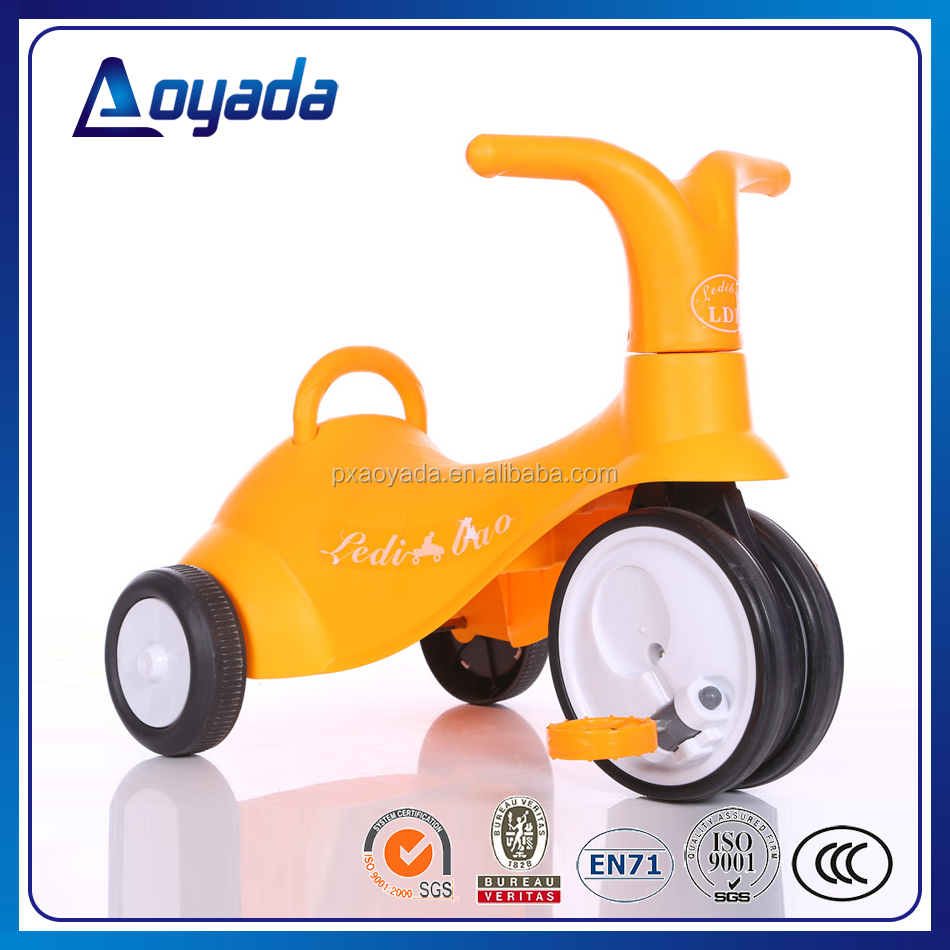 Best designed lovely and popular 3 wheel baby tricycle with foldable pedals for children ride on car