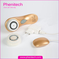 Natural bristle face brush / sonic face cleansing brush