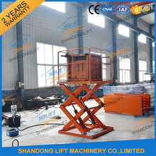 Stationary hydraulic outdoor cargo lifter with CE