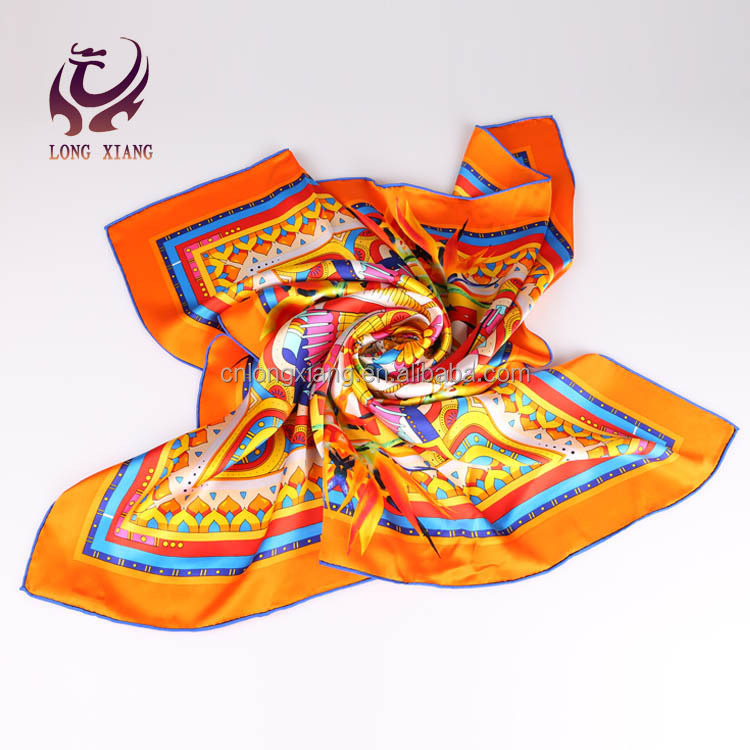 Wholesale China 100 Pure Square Digital Print Silk Scarf