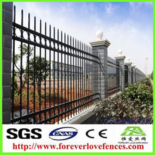 medium metal dog fence fence panels
