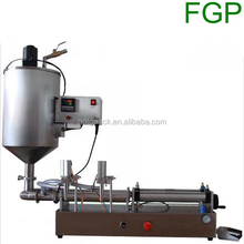 Pneumatic filling machine with mixing hopper and heater, mixing filling machine with heater