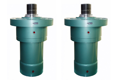 Hydraulic cylinder with flanges