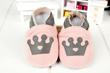 Wholesale Factory Pink Crown Princess Genuine Leather Baby Shoes