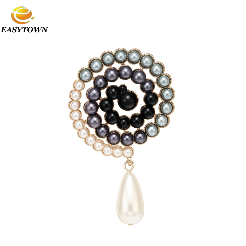 Fashion women pearl beaded cc channel brooches in bulk
