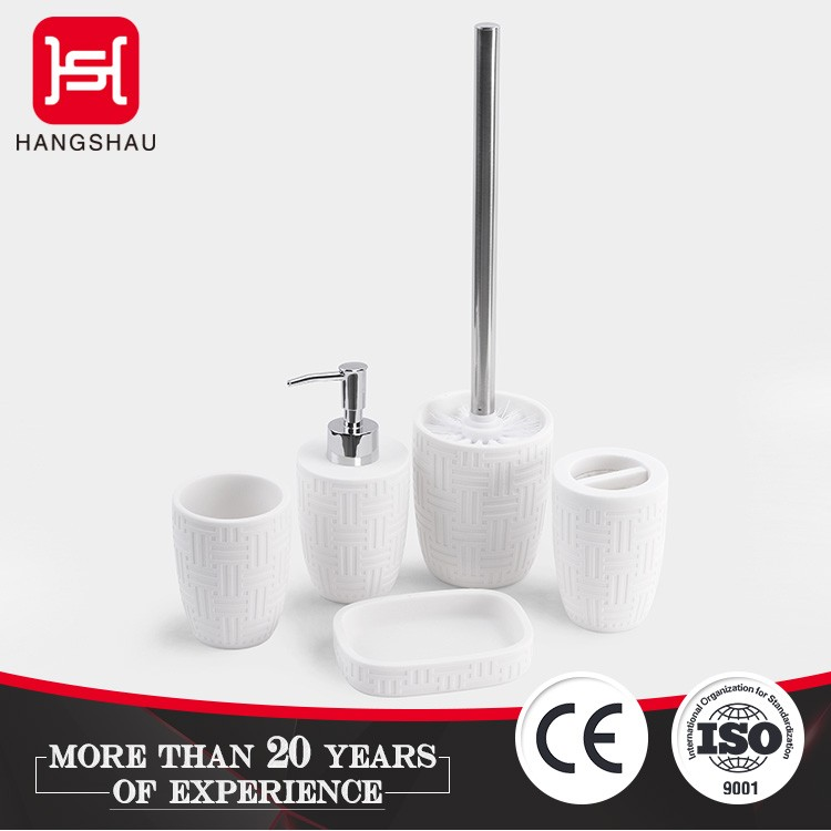 Good price hotel Polyresin bathroom accessory set