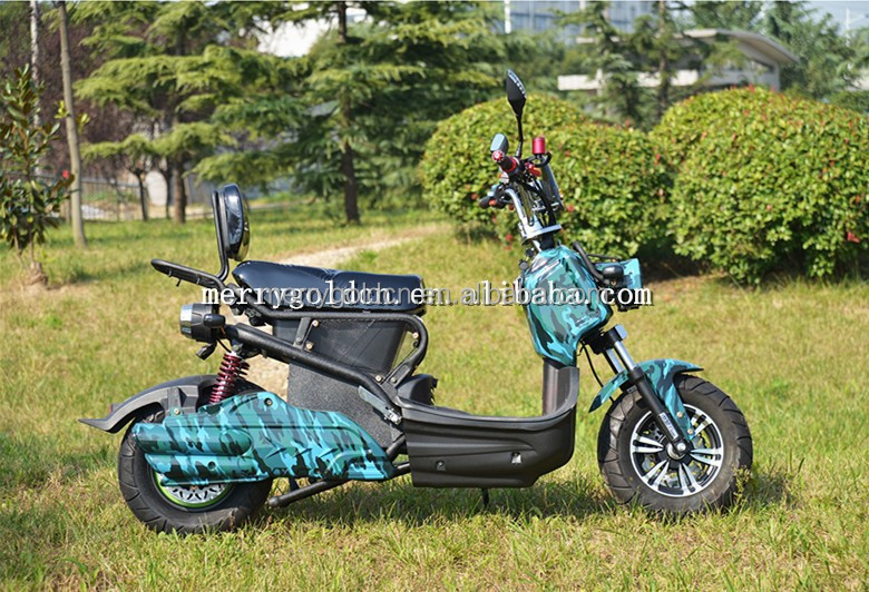2015 Fashion CE approved electric scooter 1000W