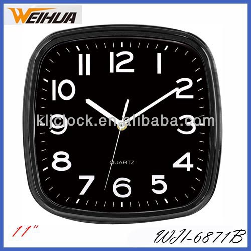 Western Style Wall Clock Clear Look