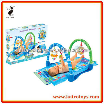 Hot Sale Ocean paradise Kick and Crawl Gym Multi-function Play Mat for Baby