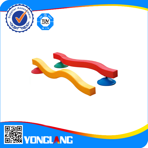 Indoor and outdoor playground S balance table for children
