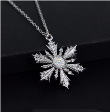 Hot Movie Jewelry Once Upon A Time White Snowflake Crystal Snow Necklace Pendant Dress Up Chain Elsa Anna Xmas Christmas Gift