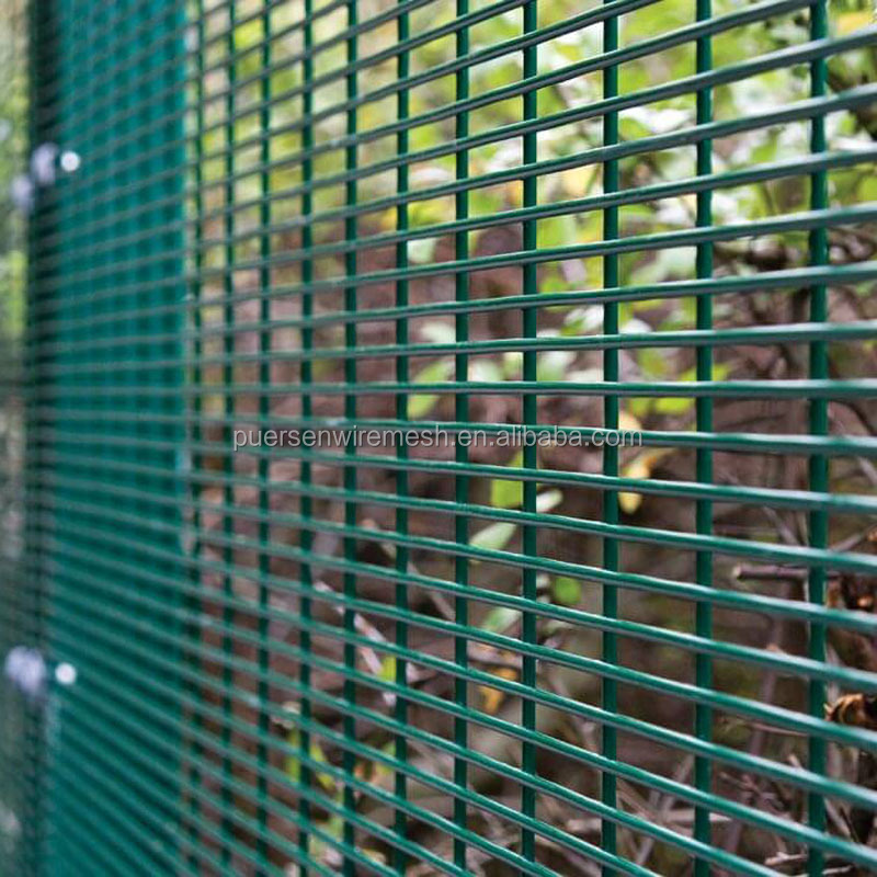 From China Good Strength No Climb Set 358 High Security Mesh Fence