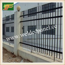 Black Tubular panels and gates / Cheap security Steel Tubular Garden Fencing