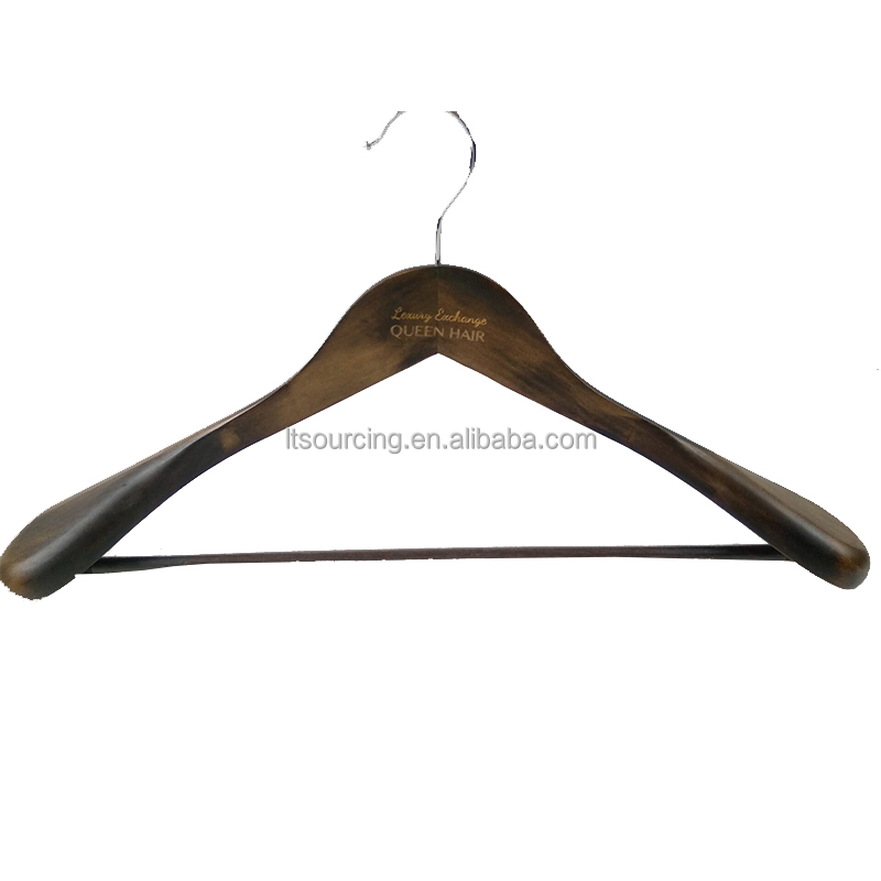2017 Customized Logo Printing Luxury Wooden Extra Wide Suit Hanger