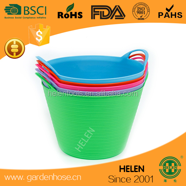 hot sale flexible rubber horse feeding buckets logo printed