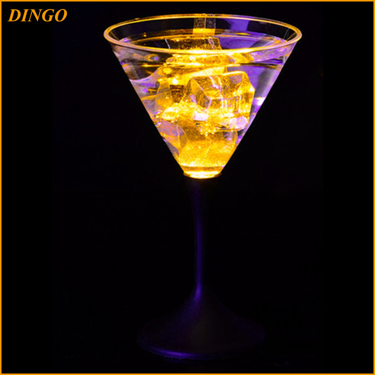 Wholesale hotel and restaurant champagne glasses
