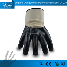 Smooth nitrile coated oil resistant industrial hand gloves for petroleum