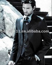 2010 high quality man's business suits displayed STAH0004